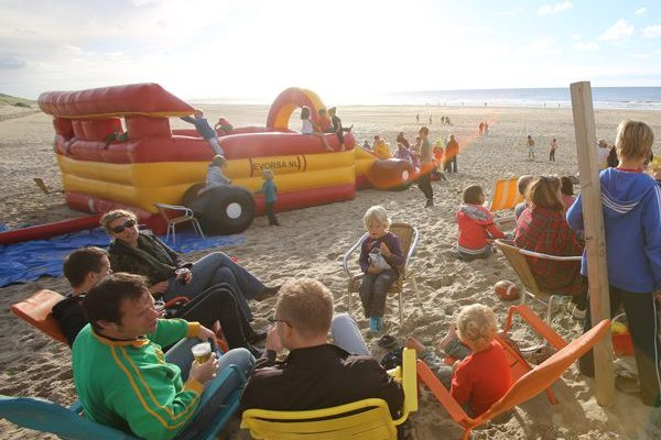 beachparty-strand-den-haag.jpg